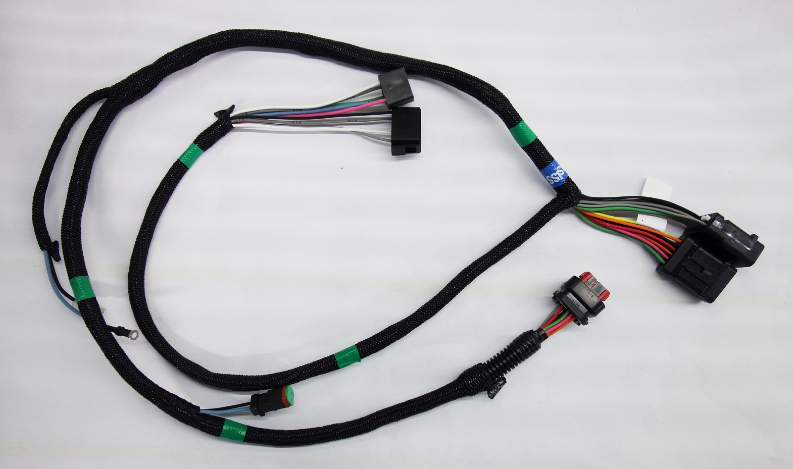 The wire harness is an assembly of wires, terminals, connectors, etc. for signal transmission.